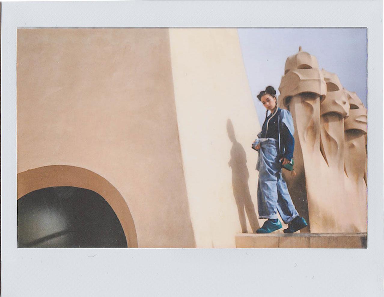 BLONDE-Barcelona-Editorial-Polaroid-1
