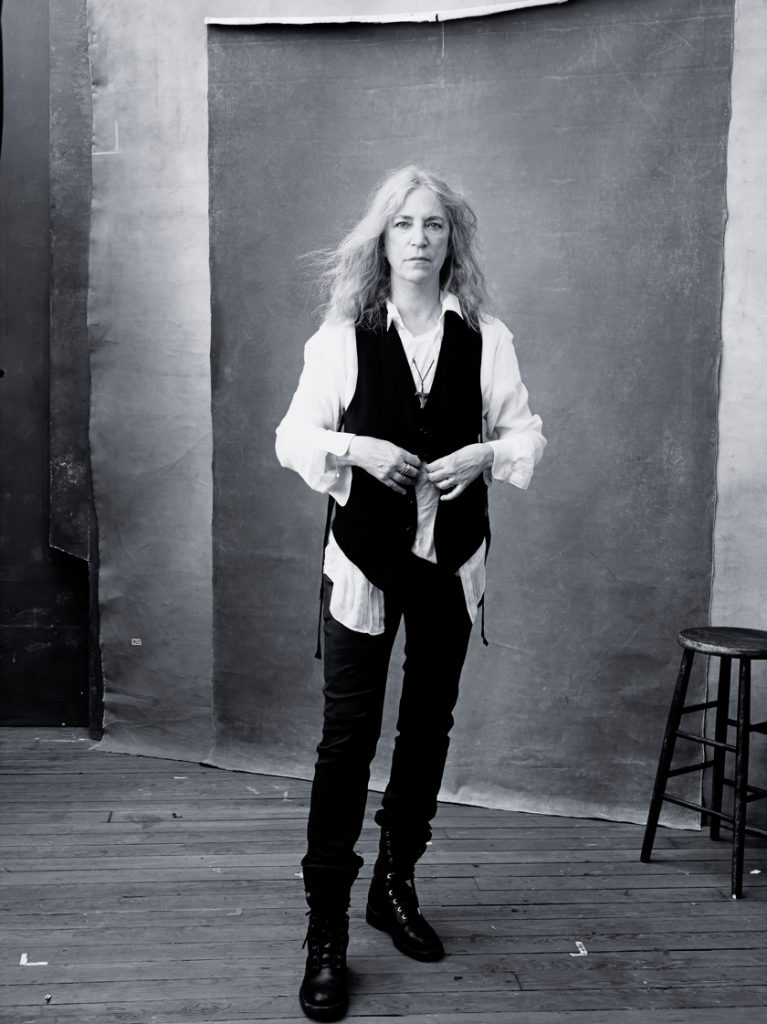 Bild2_Pirelli-Calendar-2016---November---PATTI-SMITH