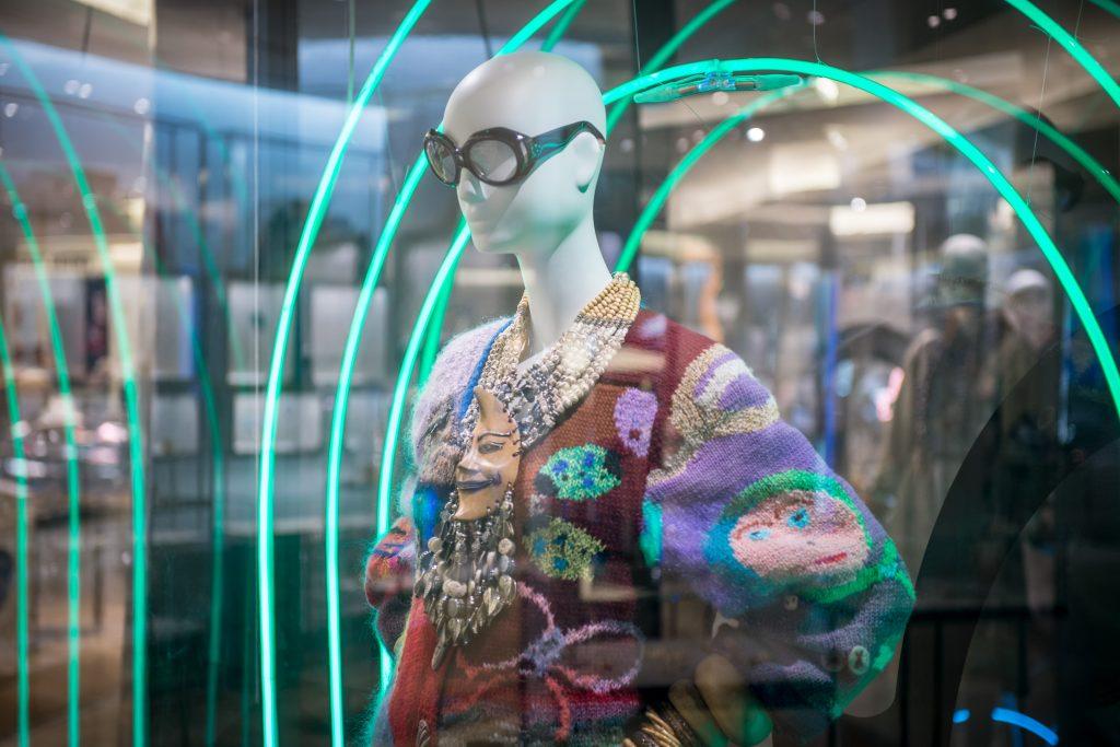 Expo Iris in Paris Bon Marche Rive Gauche copyright Gabriel de la Chapelle HD-8