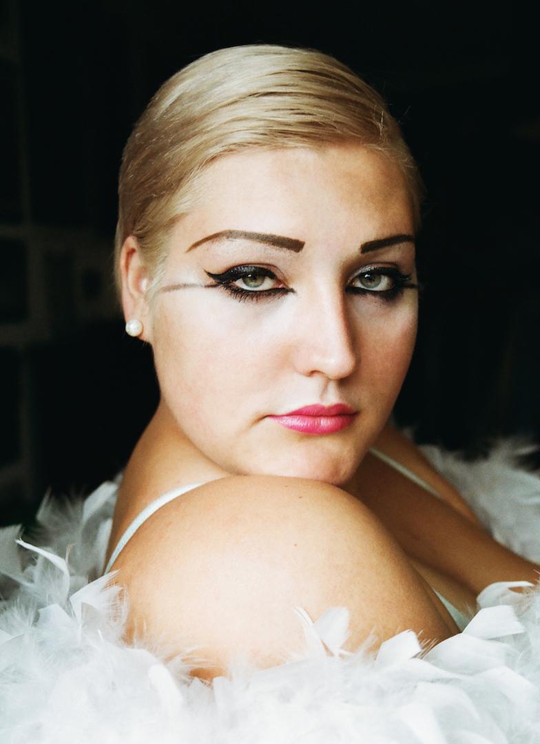 Lucienne Emily Lücke, 20, Vienna, singer