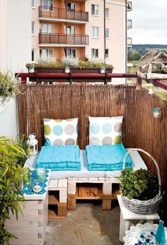 5 ideen f r kleine balkone blonde magazine. Black Bedroom Furniture Sets. Home Design Ideas