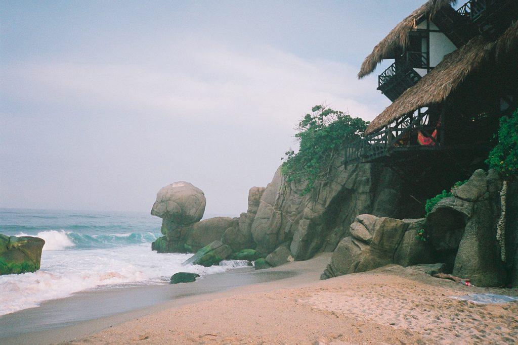 Kolumbien-Strand-Reise-Suedamerika-Travelguide