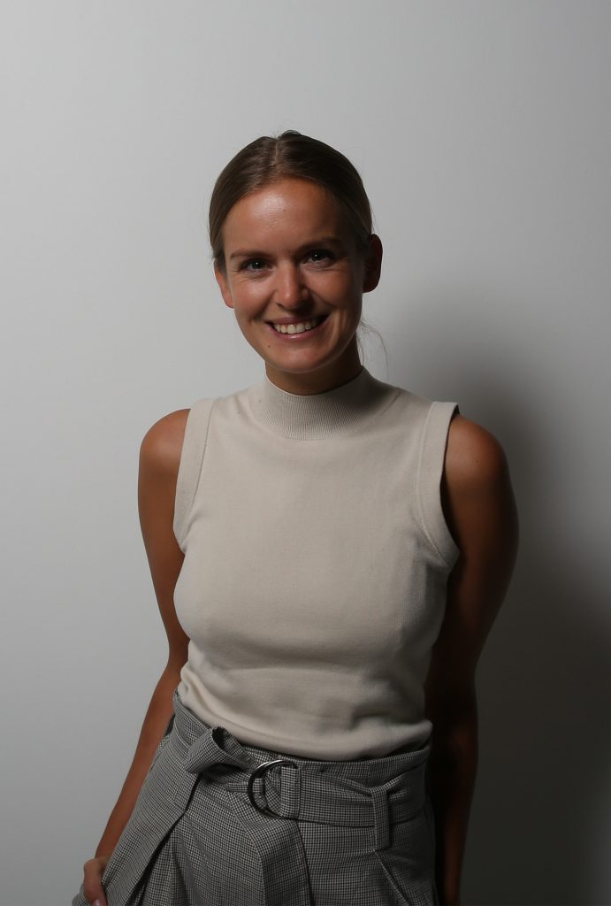 Corinna-Siepenkort-Coci-Blonde-Editorial-Blonde